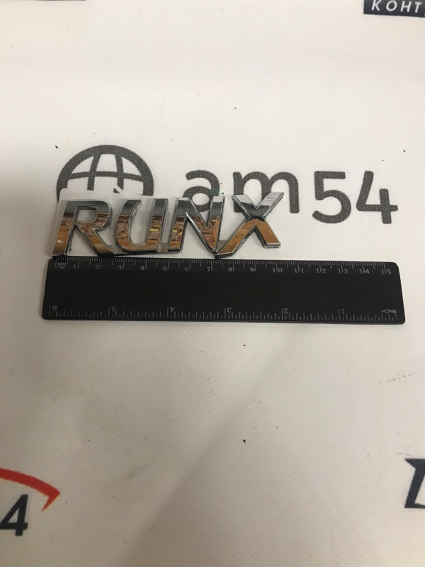 Эмблема Toyota Runx