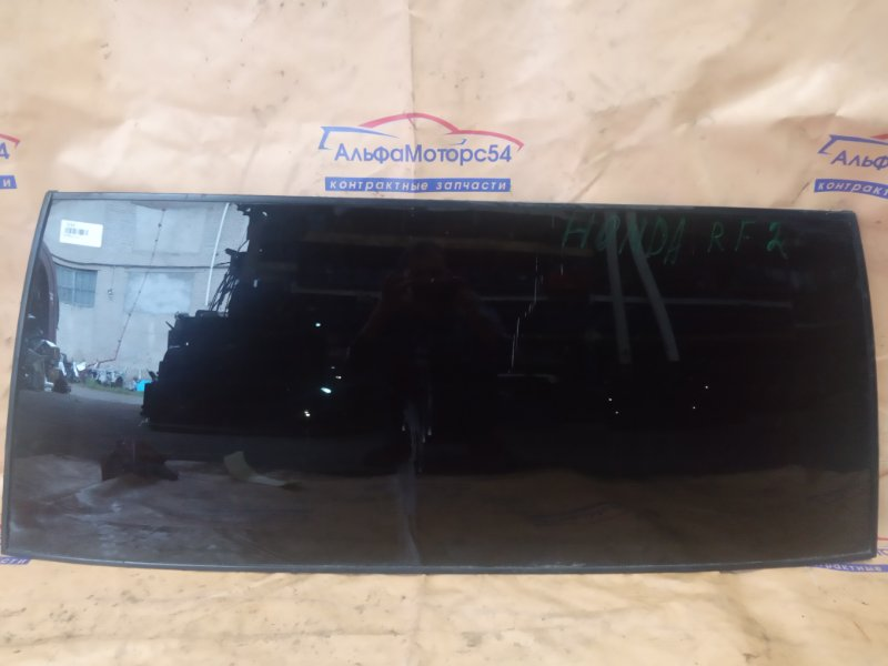 Стекло двери 5-й Honda Stepwgn RF2 B20B