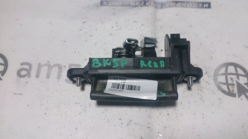 Ручка задней двери Mazda Axela BK5P