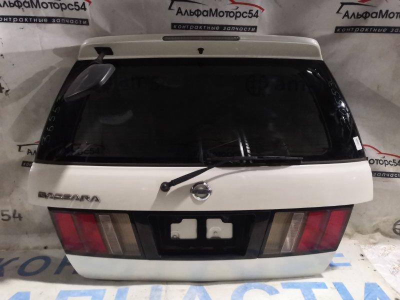Дверь 5-я Nissan Bassara U30 KA24DE 2001 задняя