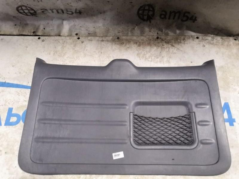 Обшивка двери багажника Toyota Rav4 ACA21W 1AZ-FE 2003 задняя