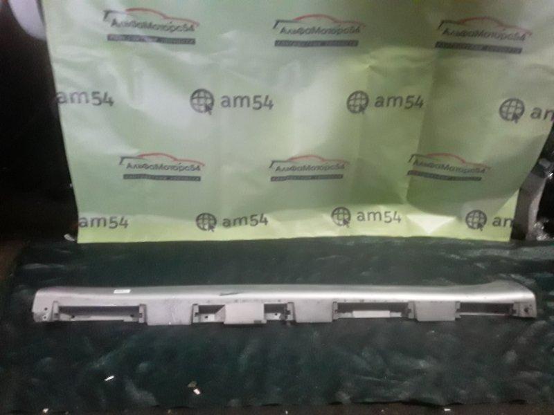Накладка на порог Toyota Camry ACV40 2AZ-FE 2008 левая