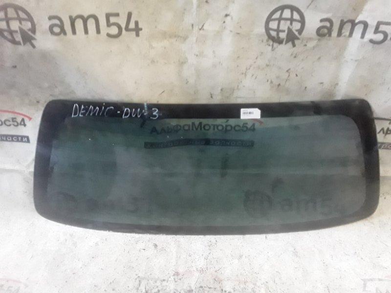 Стекло двери 5-й Mazda Demio DW3W B3 1997 заднее