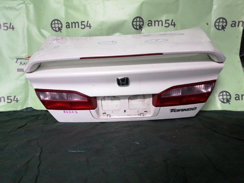 Крышка багажника Honda Torneo CF3 F18B 1998 задняя
