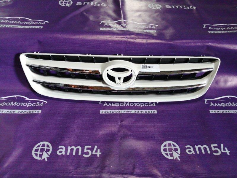 Решетка радиатора Toyota Ipsum SXM10 3S-FE 2000