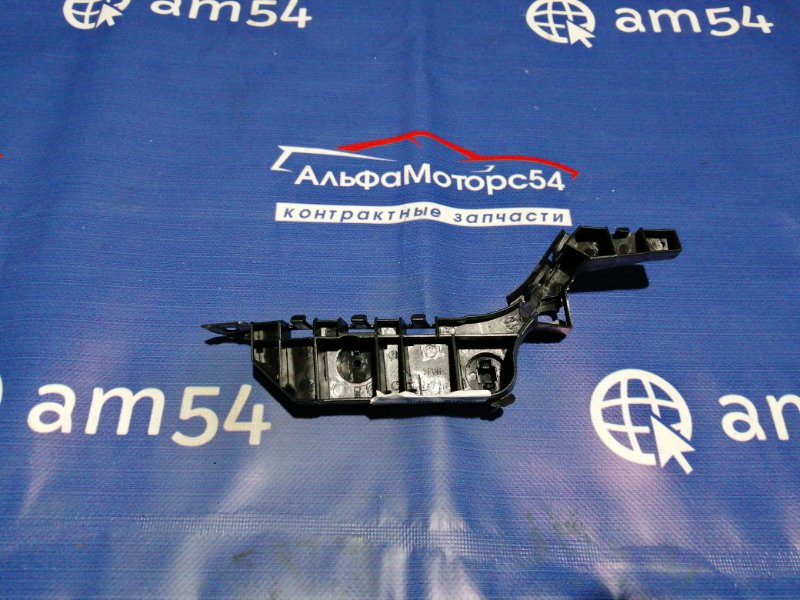 Кронштейн крепления бампера Honda Accord CL7 K20A 2003 передний правый