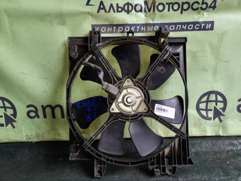Диффузор радиатора Subaru Impreza GG2 EJ152 передний правый
