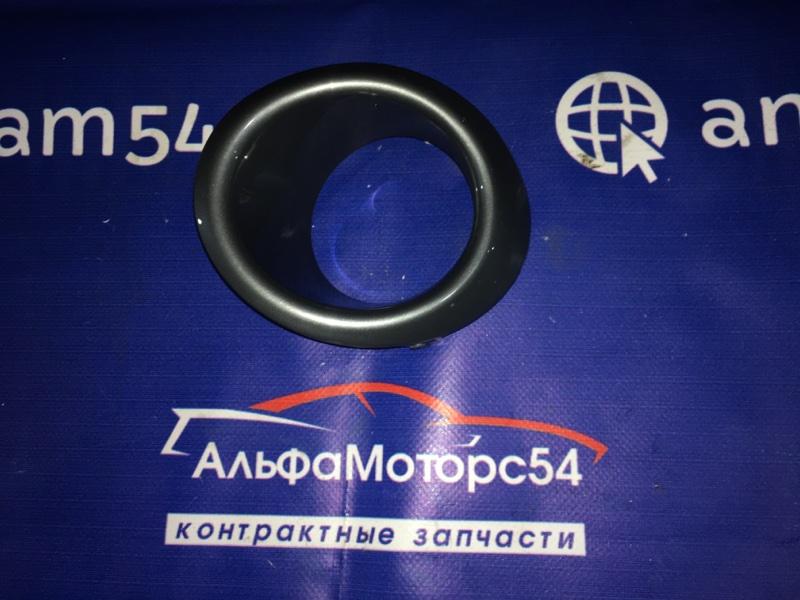 Ободок противотуманной фары Nissan Note E11 HR15DE 2005 передний правый
