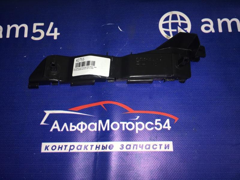 Кронштейн крепления бампера Toyota Avensis AZT250 1AZ-FE 2006 передний правый