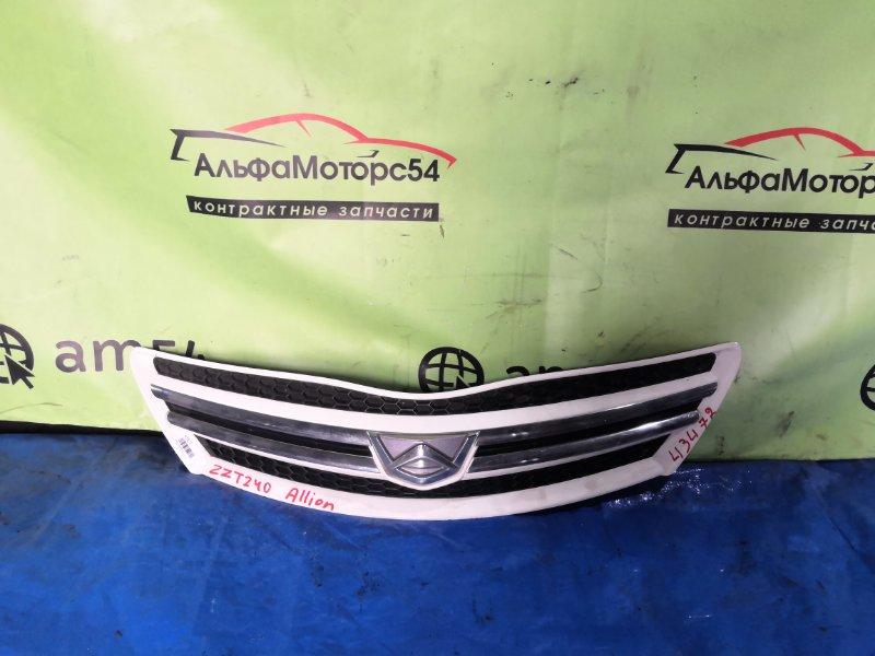 Решетка радиатора Toyota Allion ZZT240 1ZZ-FE 2005