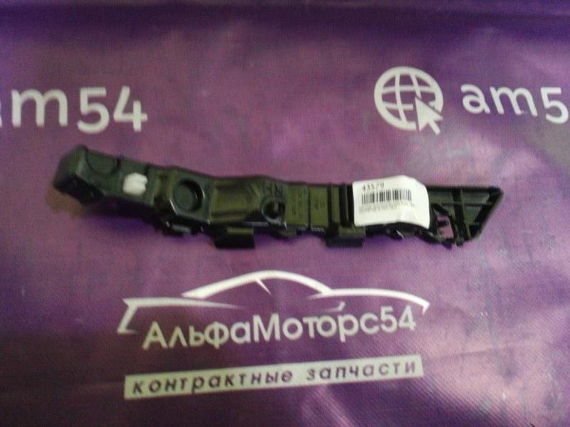 Кронштейн крепления бампера Kia Sportage SL D4FD 2010 передний правый