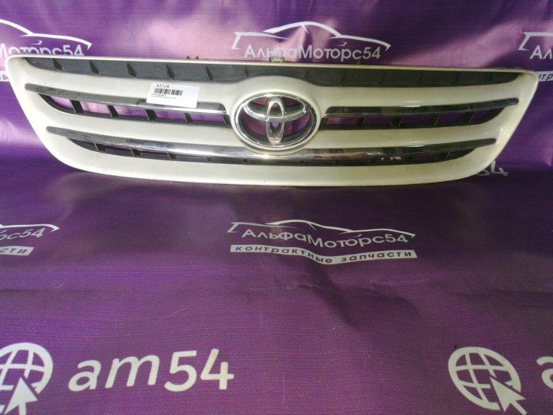 Решетка радиатора Toyota Ipsum SXM10 3S-FE 1997