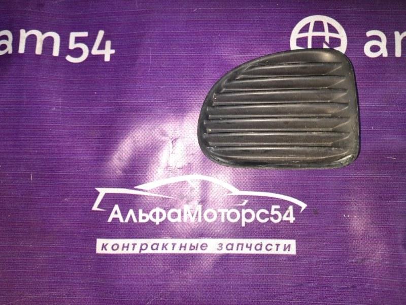 Заглушка бампера Toyota Funcargo NCP20 1NZ-FE 2000 передняя левая