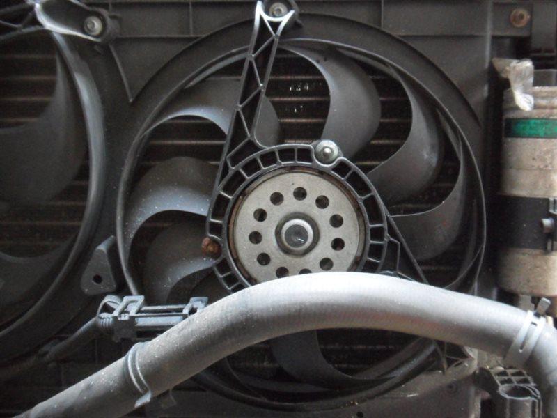 Вентилятор радиатора Vw Golf 4 1J1 ALH 1999 передний левый