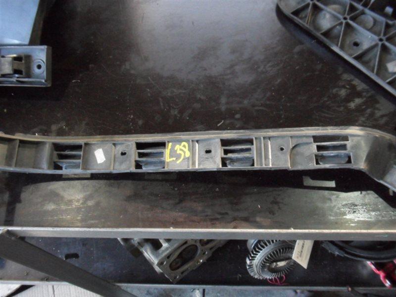 Направляющая бампера Vw Golf 4 1J1 AXR 2002 задняя левая