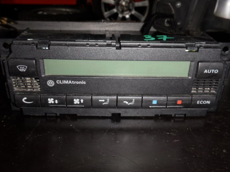 Блок управления климат-контролем Vw Golf 4 1J1 AXR 2002