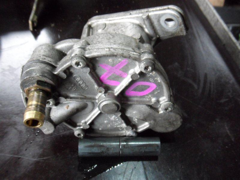 Насос вакуумный тормозной системы Vw Transporter T4 7DB AJT 1999