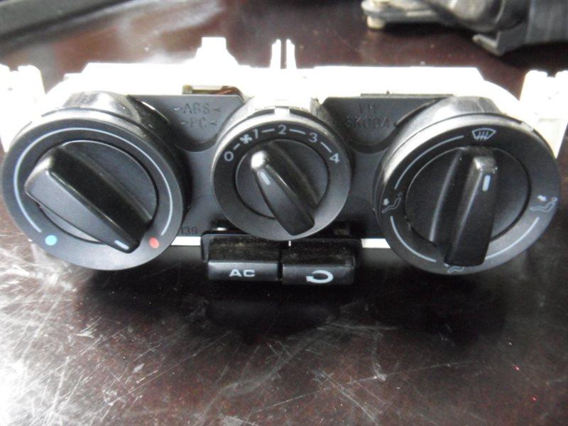 Блок управления отопителем Vw Passat B5 3B6 AWX 2002