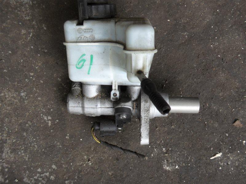 Главный тормозной цилиндр Vw Passat B6 3C5 CBA 2008