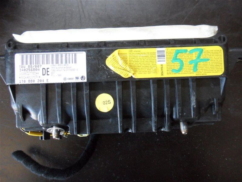 Аирбаг пассажирский Vw Touran MK5 BKD 2009 передний правый