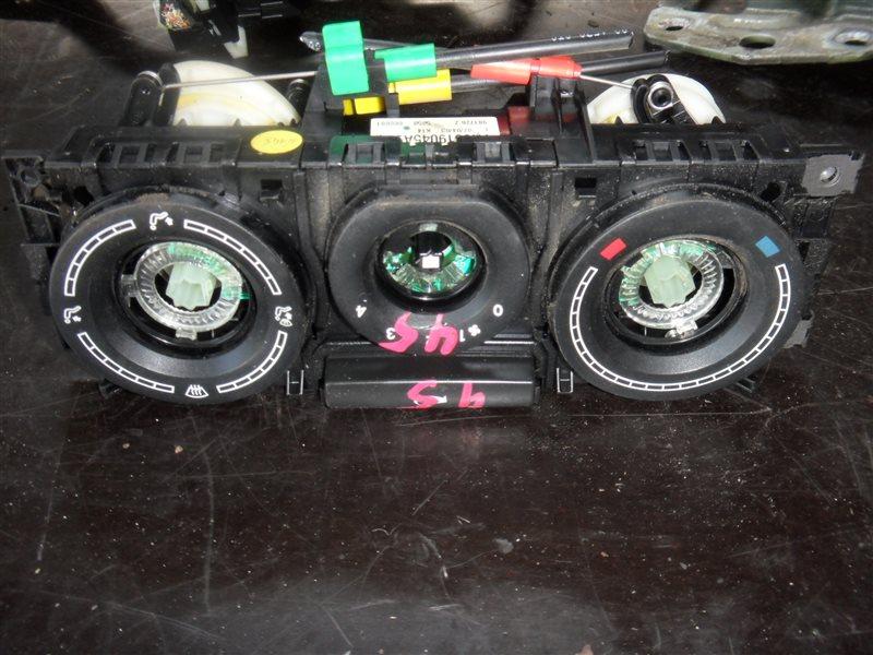 Блок управления отопителем Vw Transporter T5 7HB AXC 2003