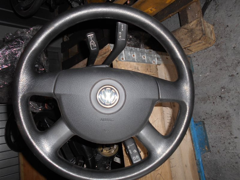 Руль Vw Caddy 2KB BLS 2008