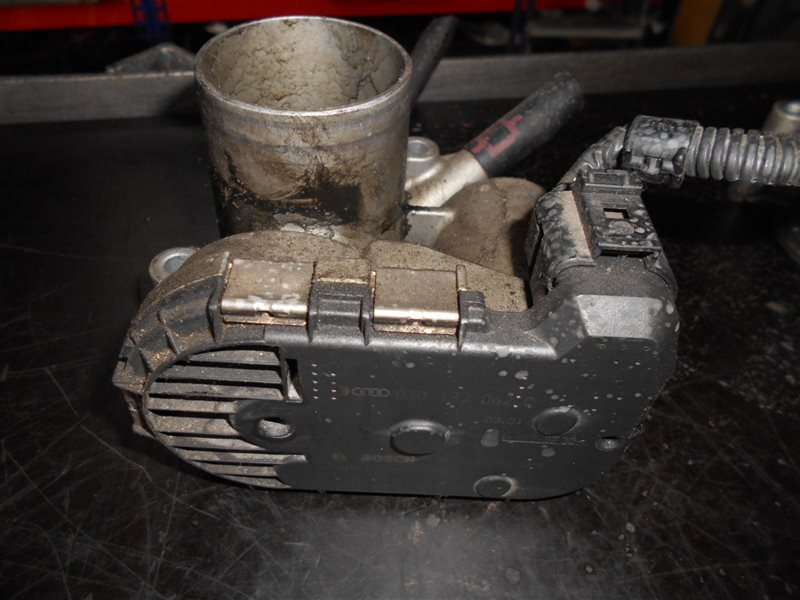 Блок дроссельной заслонки Vw Polo 9N AUD 2003