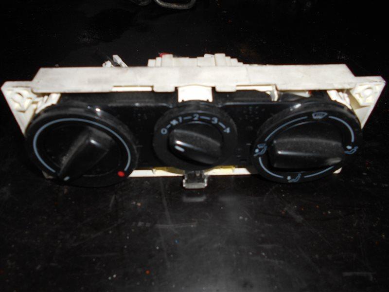 Блок управления отопителем Vw Transporter T4 7DB AJT 2000
