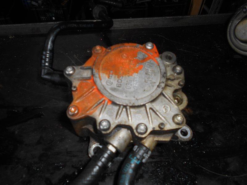 Топливный и вакуумный насос ( тандемник ) Vw Touran MK5 BKD 2009