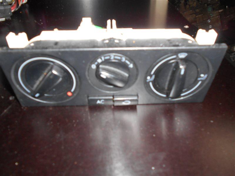Блок управления печкой Vw Golf 4 1J1 AKL 1999