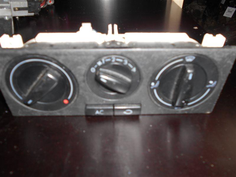Блок управления печкой Vw Golf 4 1J1 APE 2001