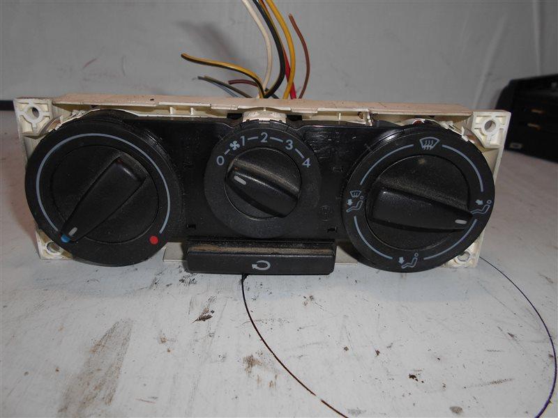 Блок управления отопителем Vw Transporter T4 7DB AJT 2001