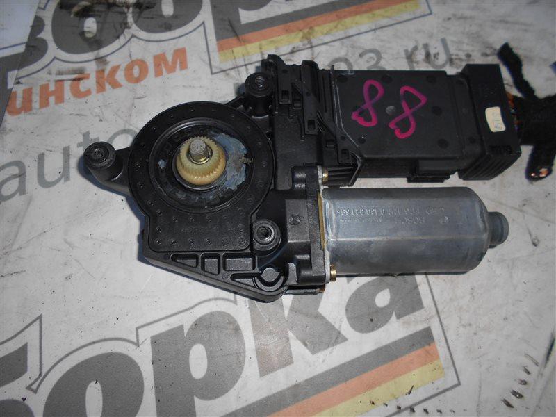 Мотор стеклоподъемника Vw Passat B5 3B5 AHL 1997 передний правый
