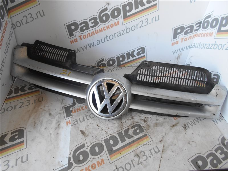 Решетка радиатора Vw Golf 5 1K1 BMM 2005