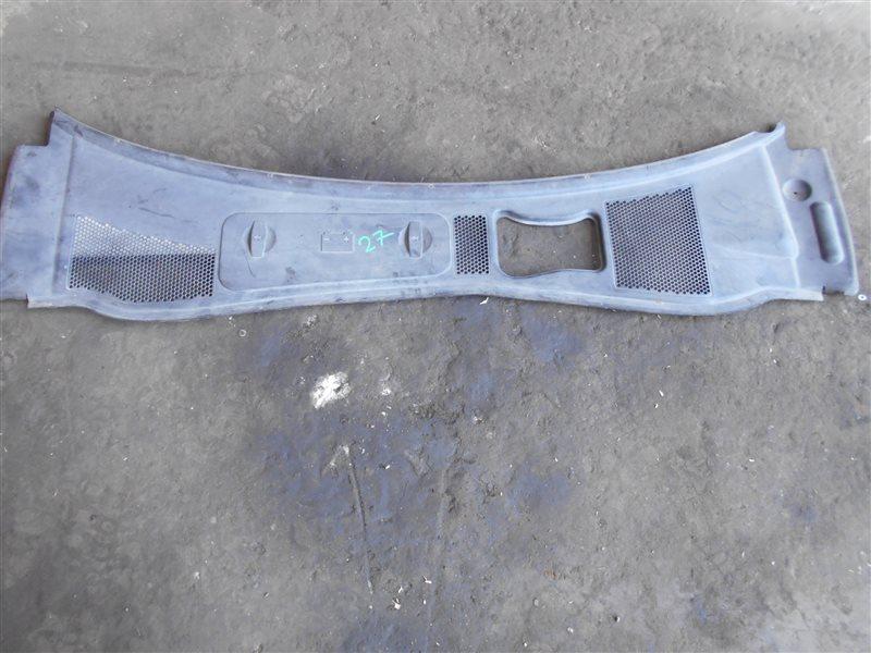 Водосток ( жабо ) Vw Passat B5 3B6 AWX 2002 передний