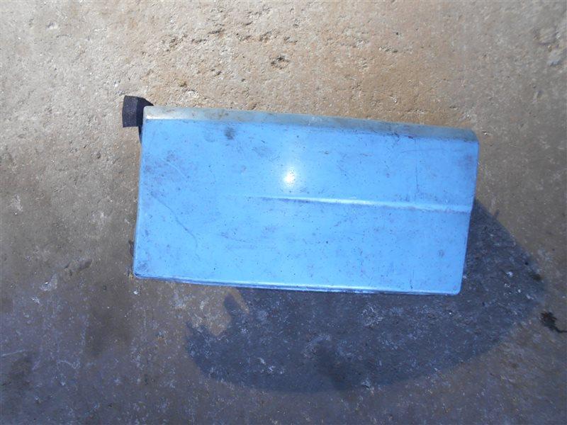 Накладка под фару. Vw Transporter T4 7DB 1993 передняя правая