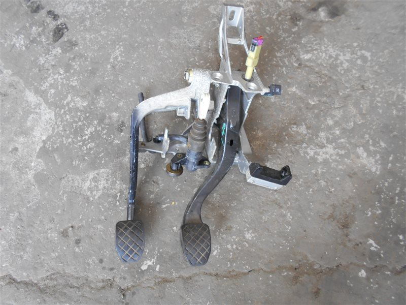 Блок педалей Vw Passat B5 3B5 ARM 2000