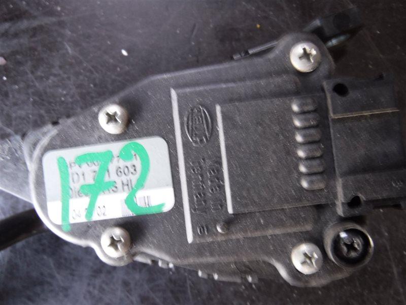 Педаль газа Vw Transporter T4 7DB ACV 2002