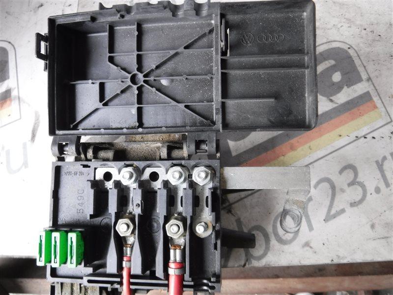 Блок предохранителей Vw Golf 4 1J1 1997