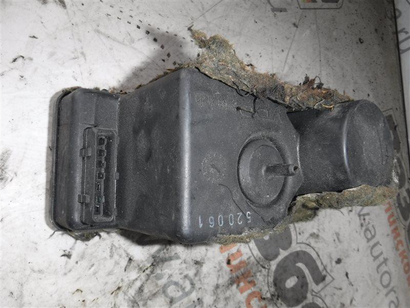 Компрессор центрального замка Audi 80 B3 PM 1990