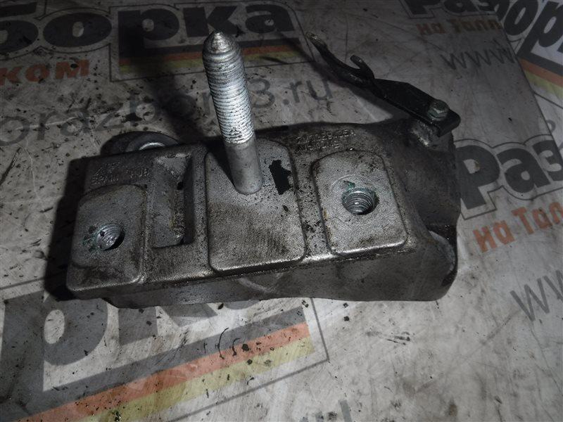 Кронштейн крепления двигателя Vw Sharan 7M AUY 2003
