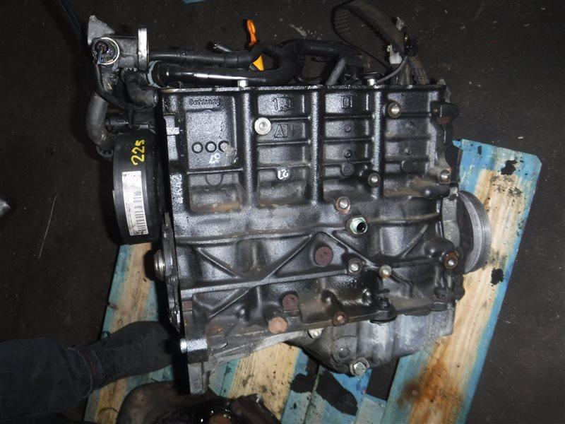 Двигатель Vw Passat B5 3B6 AVB 2002