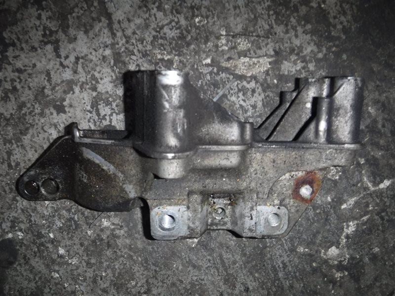 Кронштейн крепления двигателя Vw Golf 4 1J1 AKQ 1999 правый