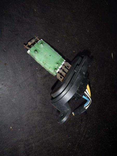 Резистор отопителя Vw Transporter T5 7HB AXB 2005
