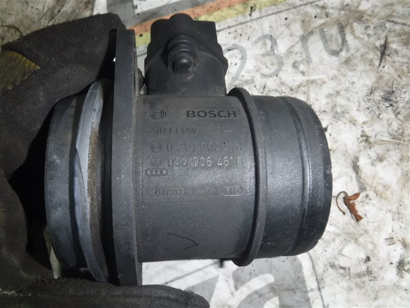 Расходомер воздуха ( дмрв ) Vw Transporter T5 7HB AXB 2005