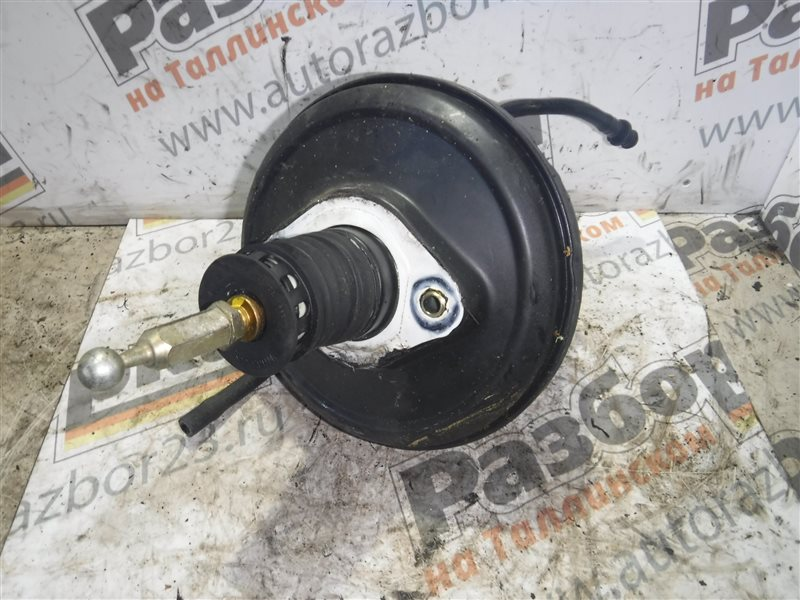 Вакуумный усилитель тормозов Vw Passat B5 3B5 AVG 2000