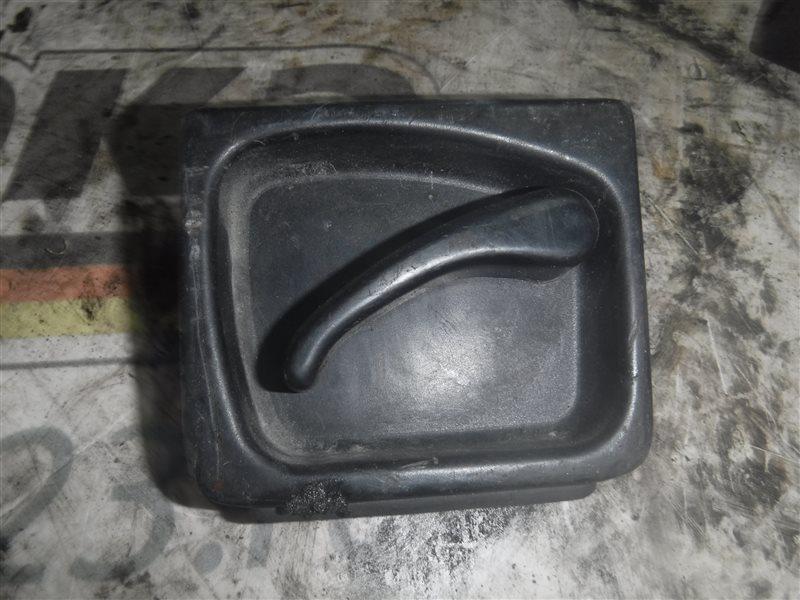 Ручка задней ( распашной ) двери Vw Transporter T4 7DB ABL 1998 правая нижняя