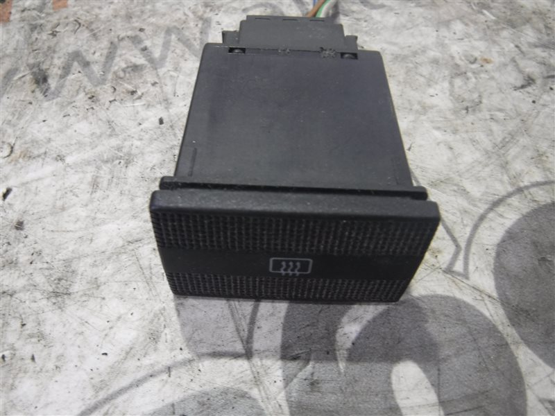 Кнопка обогрева стекла Vw Transporter T4 7DB ABL 2000