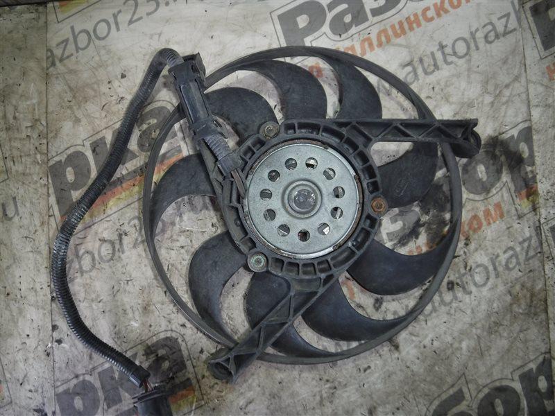 Вентилятор радиатора кондиционера Vw Golf 4 1J1 AKQ 1998 передний правый