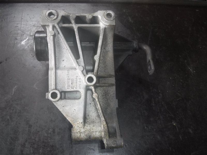 Кронштейн натяжителя ремня генератора Vw Golf 3 1H1 ALE 1997